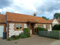 Field Cottage, Brancaster Staithe | outside